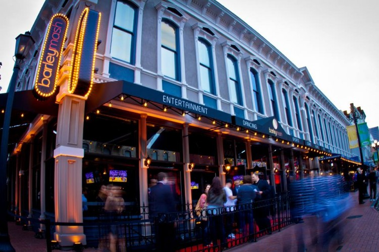 barleymash: Downtown San Diego American Bar & Restaurant