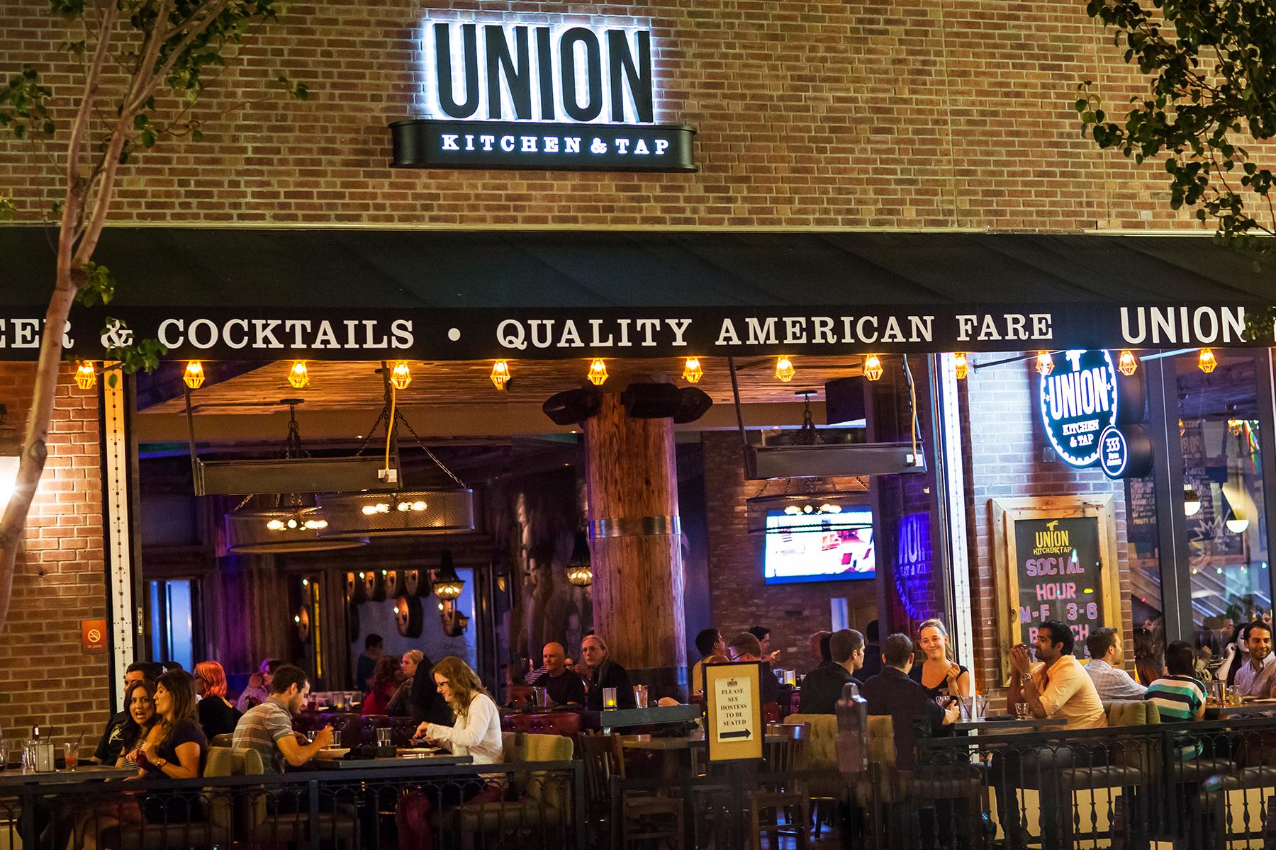 The Union Whiskey Bar Entrance 1 Gaslamp San Go