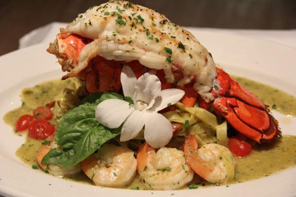 lobster-fetuchinne gaslamp san diego