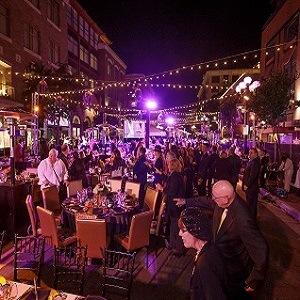 Everyone Dining at the Gaslamp Gala!