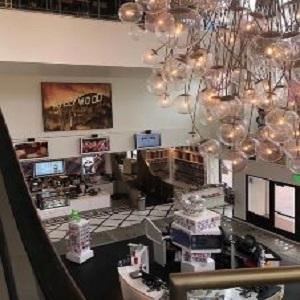 Chandelier-in-main-lobby-300-x-300 gaslamp san diego