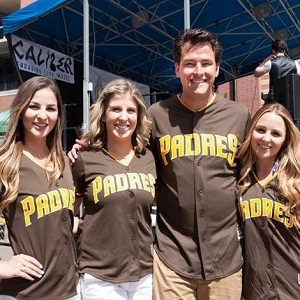 Padres Fans!